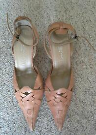 100% Leather shoes, size 7. New Look. WORN ONCE