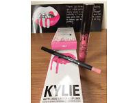 Kylie Jenner Liquid Lipstick Matte & Lip Liner Pencil Kit ( SMILE )