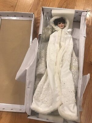 ASHTON DRAKE TOUCH OF ELEGANCE BRIDE DOLL- NEW