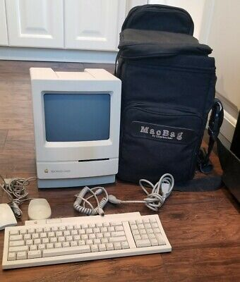 VINTAGE MACINTOSH CLASSIC APPLE COMPUTER M0420, Keyboard, Mouse (2) and MacBag