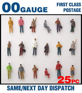 OO/00 Gauge Model Railway Painted Figures - 25 Mixed Figures/People