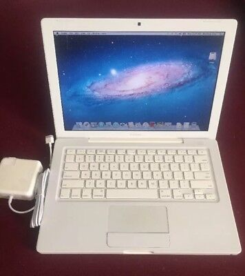 "Apple A1181 MacBook 13.3"" Laptop with Intel Insides 2 Duo 2.0GHz 2GB RAM 160GB HDD"