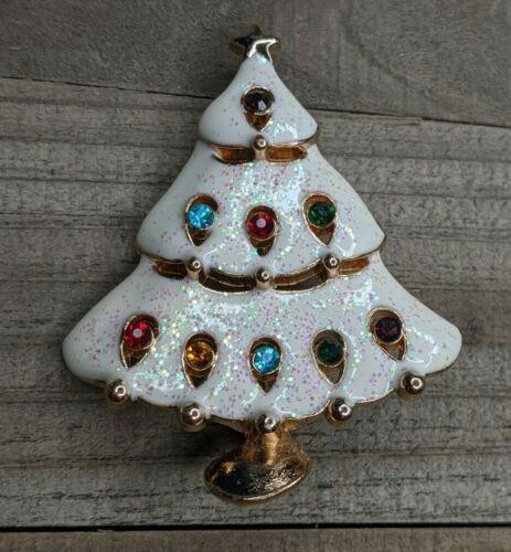 Vintage Gold Tone & White Snow Enamel Christmas Tree w/ Rhinestone Brooch