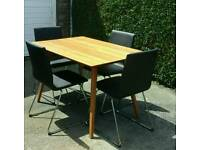 TABLE & 4 CHAIRS -IMMACULATE LIKE NEW