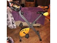 Exercise bike - Golds Gym - Foldaway
