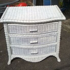 Rattan chest of drawers