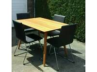 TABLE & CHAIRS - IMMACULATE CONDITION LIKE NEW