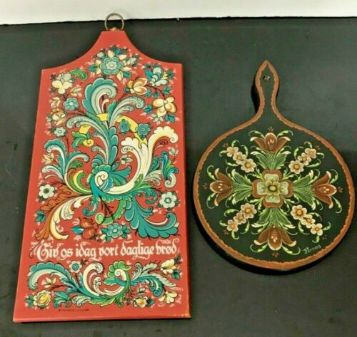 Vintage Hand Painted Swedish Wooden Berggren & Jones Original Bread Boards (2)
