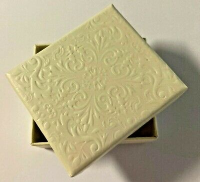 50 Ivory Jewelry Boxes 2 W X 2.5 L X 34 D With Embossed Cover And Sleeve
