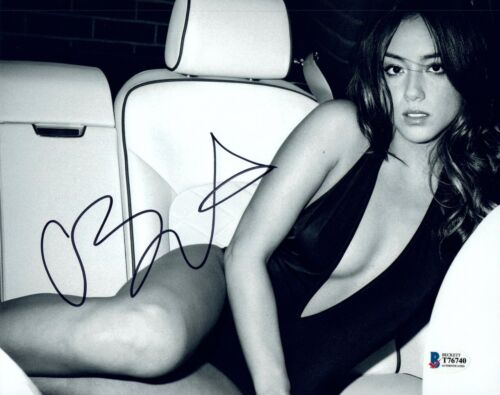 Chloe Bennet Signed Autographed 8x10 Photo AGENTS OF SHIELD Beckett BAS COA