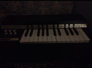 Keyboard- chord organ