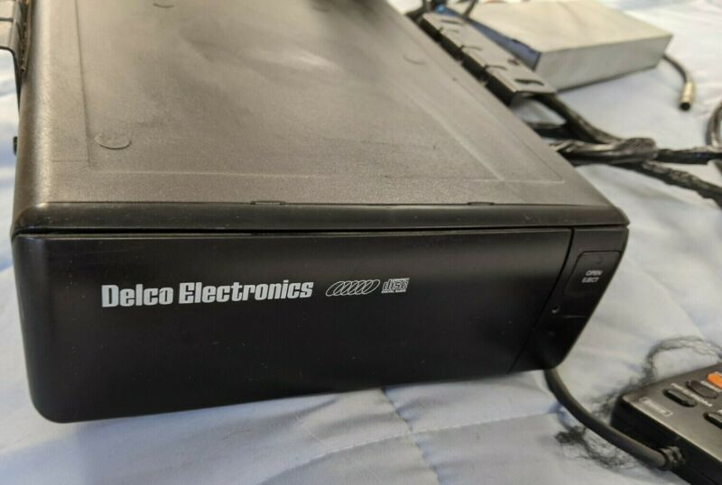 1990s Buick Cadillac GM Delco Electronics 16157511 6 Disc Changer
