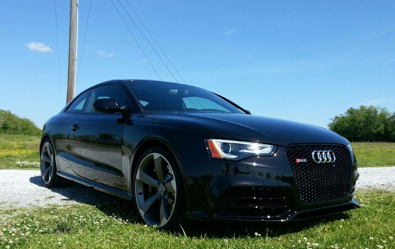 2014 Audi RS5 Coupe quattro S tronic 466HP 2014 Audi RS5 4.2L V-8 AWE exhaust (wifes daily) Last week to be listed!