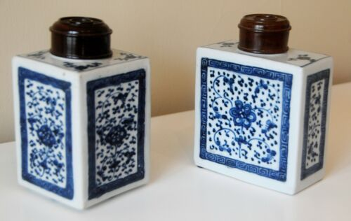 Antique Pair Qianlong Period (1736-1795) Chinese Blue & White Porcelain Tea Jars