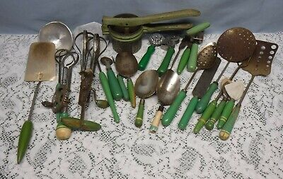 "VTG 1940""S-50'S GREEN Handled Kitchen Utensils LOT OF 22 pieces"