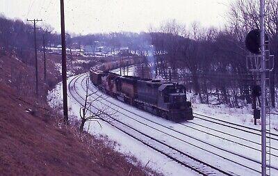 B&O/CS EMD Trio - Number - 3643 + 2  w/Train - Orig ER - ral187