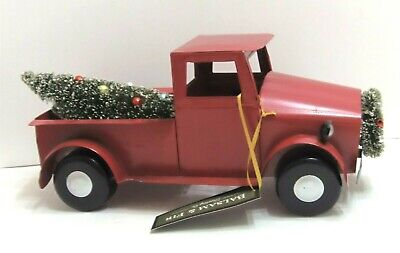"""Truck Metal Red With Christmas Tree & Wreath Farmhouse Decor 6"""" x 12"""" NEW"""