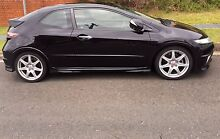 Honda Civic type R  LOW KM ! INTERIOR AND ENGINE LIKE BRAND NEW ! Wollongong 2500 Wollongong Area Preview