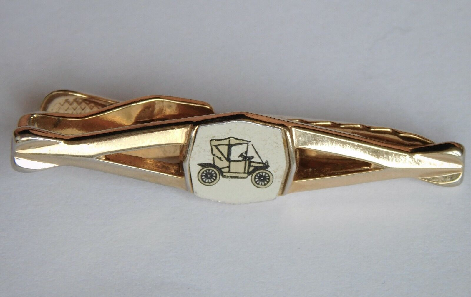 Classic car tie bar vintage Nippy Clip Strattons Imitation Jewellery transport
