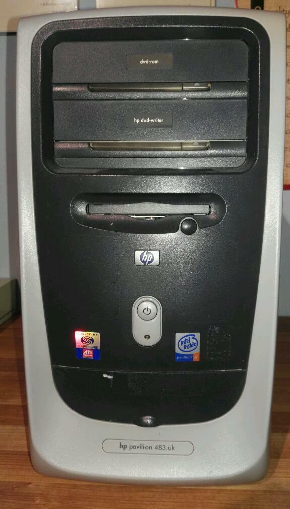 Hp Pavilion 2003 Desktop Pc Complete Set In Grange Park