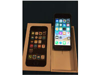 Apple iPhone 5S 16GB Unlocked Boxed With Charger Excellent Condition