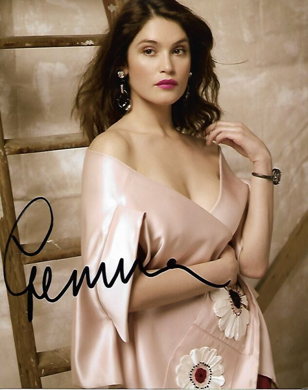 Gemma Arterton Sexy Autographed Signed 8x10 Photo COA #4