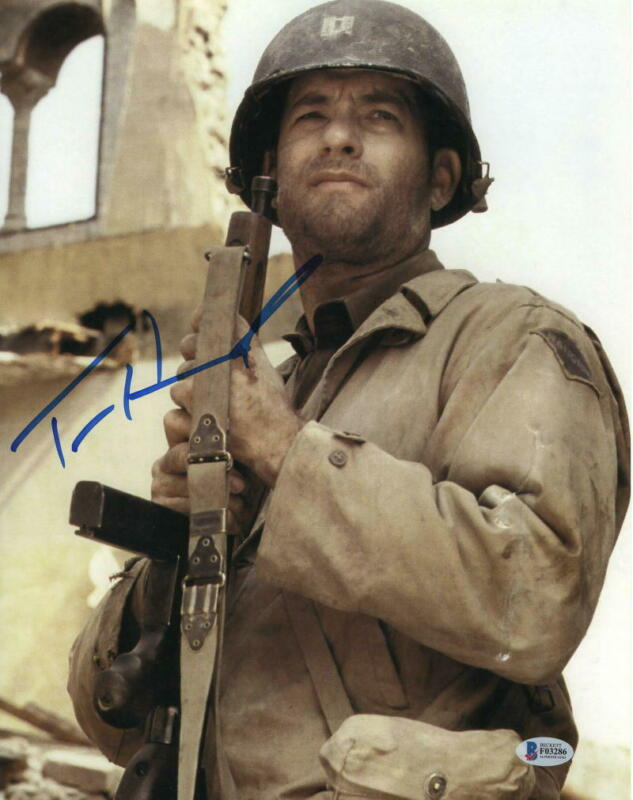 TOM HANKS SIGNED 11X14 PHOTO SAVING PRIVATE RYAN AUTHENTIC AUTOGRAPH BECKETT B