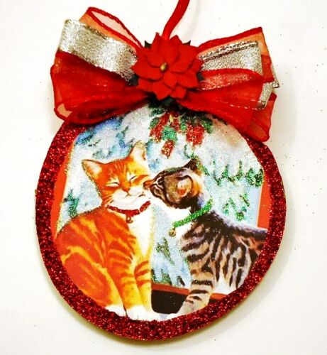 Hand Made   XMAS CAT FRIENDS BY WINDOW   glittered wood slice CHRISTMAS Ornament