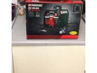Park side arc welder brand new in boat