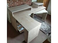 L-Shape Computer/Office Desk with Chest of Drawers and Pull-Out Table