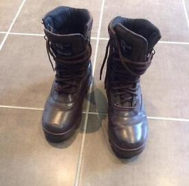 Army cadet boots Brown size 6