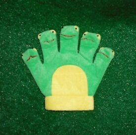 5 little frogs glove. Nursery teaching resources.