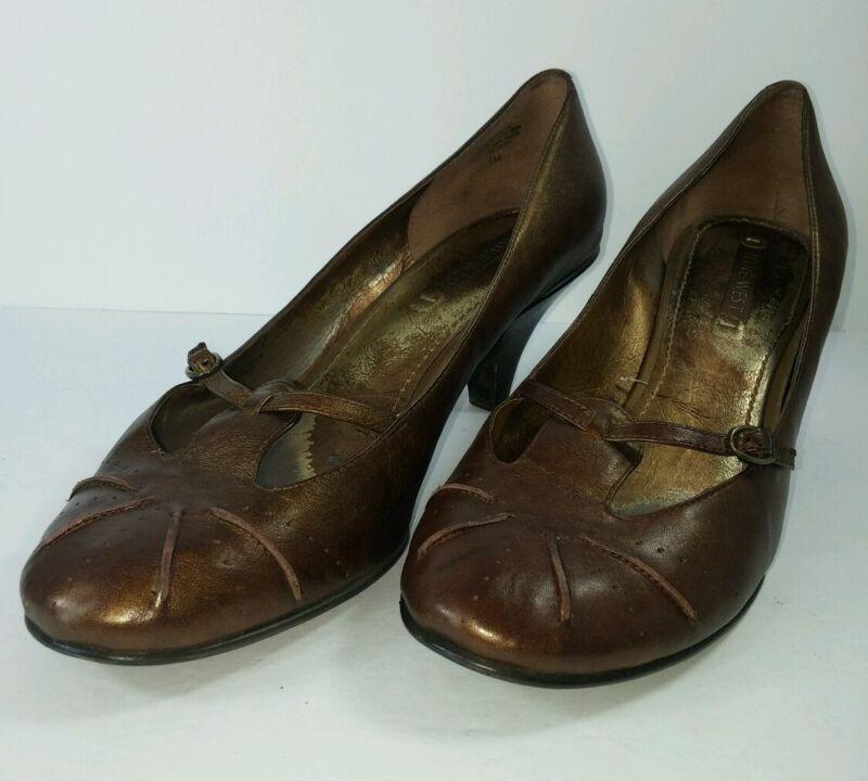 Nine West Women's Shoes Sz 10M Brown Leather Kitten Heels Great for Office