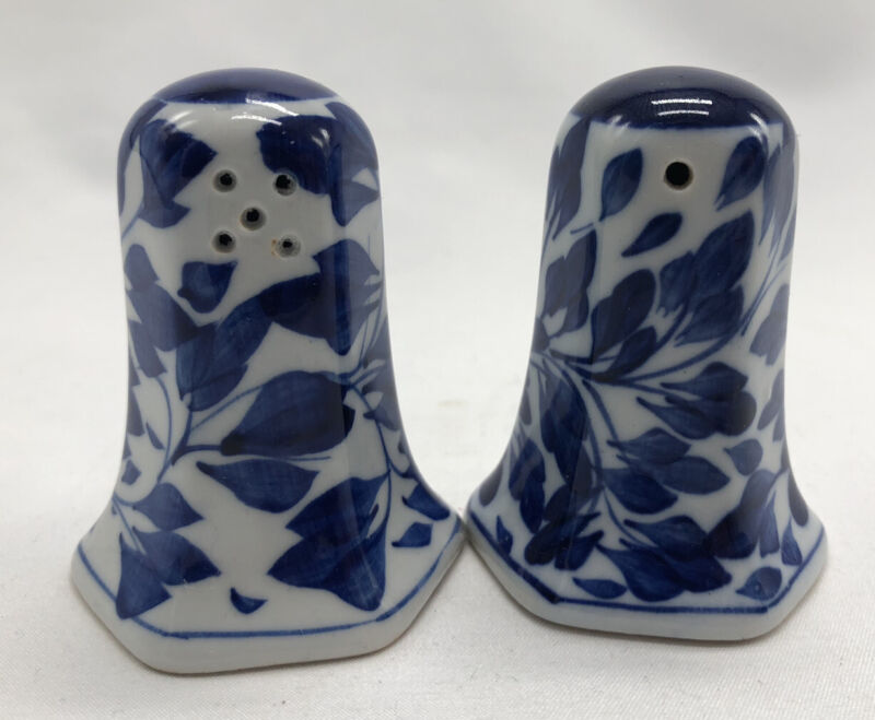 Vintage Set of Blue and White Delft Style Ceramic Salt and Pepper Shakers