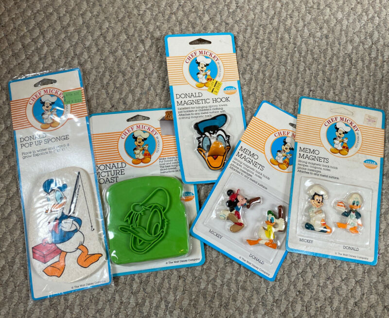 Vintage Chef Mickey By Hoan Donald Duck Lot Of 5 Memo Magnets Sponge Toast Hook