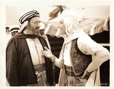 The Sheik Steps Out