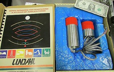 New Lundahl Ultrasonic Analog Distance Proximity Sensor Liquid Level Dcu-8v