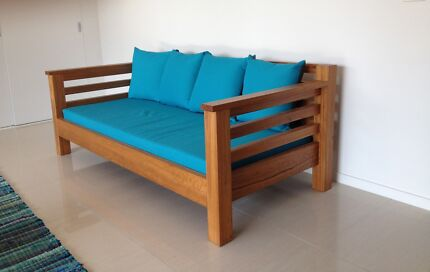 Solid timber day bed Arrawarra Headland Coffs Harbour Area Preview