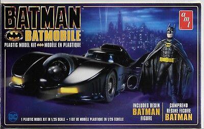 Featured in BATMAN the Movie, The Batmobile w/ Batman Figure in 1/25 1107 ST
