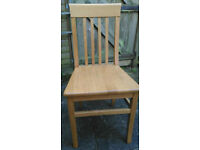 4 Dining Room Chairs Solid Oak Excellent Condition
