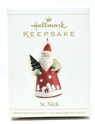 RARE NEW 2006 HALLMARK ST NICK IN ROBE HOLDING CHRISTMAS TREE ORNAMENT SCARCE
