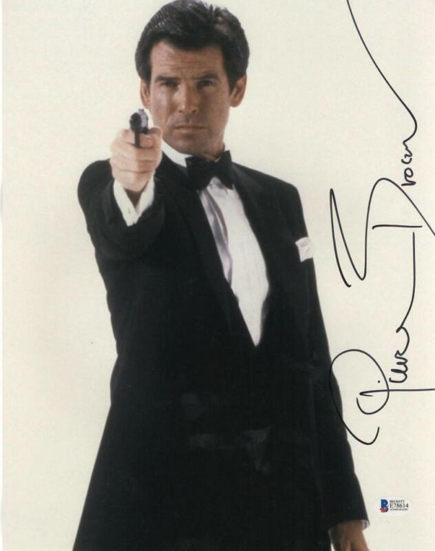 PIERCE BROSNAN JAMES BOND 007 SIGNED 11X14 PHOTO AUTHENTIC AUTOGRAPH BECKETT P