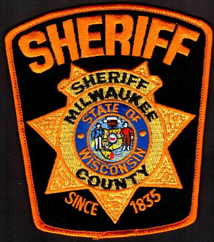 "Milwaukee County Wisconsin Sheriff Patch 4-1/4"" X 4-7/8""  ** Retired Version"