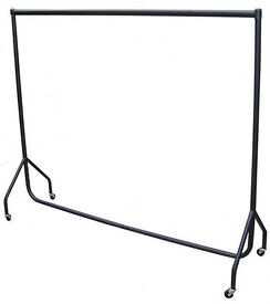 CLOTHING/GARMENT RAIL (WE HAVE 14 TO SELL) - BLACK 6FT (ORIGINALLY £45) EASY TO ASSEMBLE