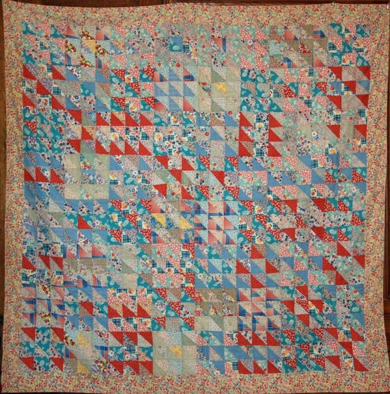 TONS of TRIANGLES ~ THIN ANTIQUE SUMMER QUILT ~ VINTAGE FEEDSACK SCRAP FABRICS