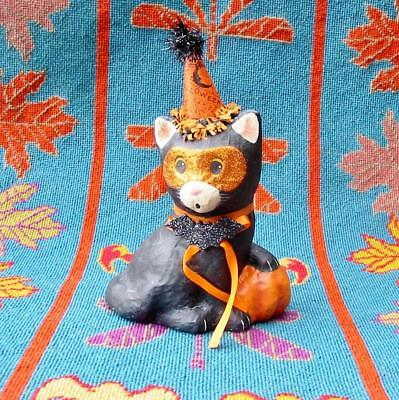 Bethany Lowe Halloween Paper Mache Party Kitty in Hat with Pumpkin New](Halloween Decorations With Paper Mache)
