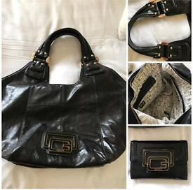 GUESS Leather Handbag with matching Purse (as new)