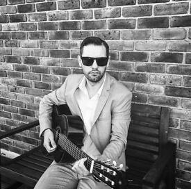 Pro singer/guitarist for events