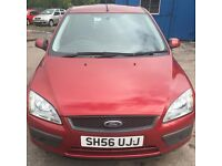 2006 FORD FOCUS SPORT 1.6. RED. 12 MONTHS MOT. HPI CLEAR. 3 MONTHS WARRANTY