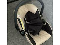 HAUCK Car Seat (BRILL Condition)